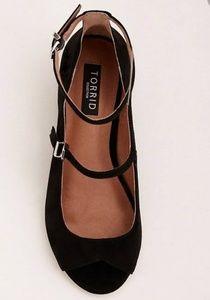 torrid Shoes - NWT Torrid Genuine Suede Peep Toe Wedges 7.5 Wide